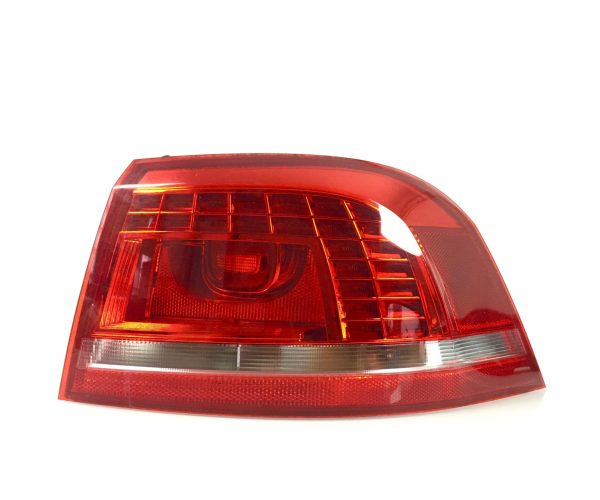 VW Passat 3C B7 (2010-2014) Kombi Rücklicht / Rückleuchte Rechts LED 3AF945208